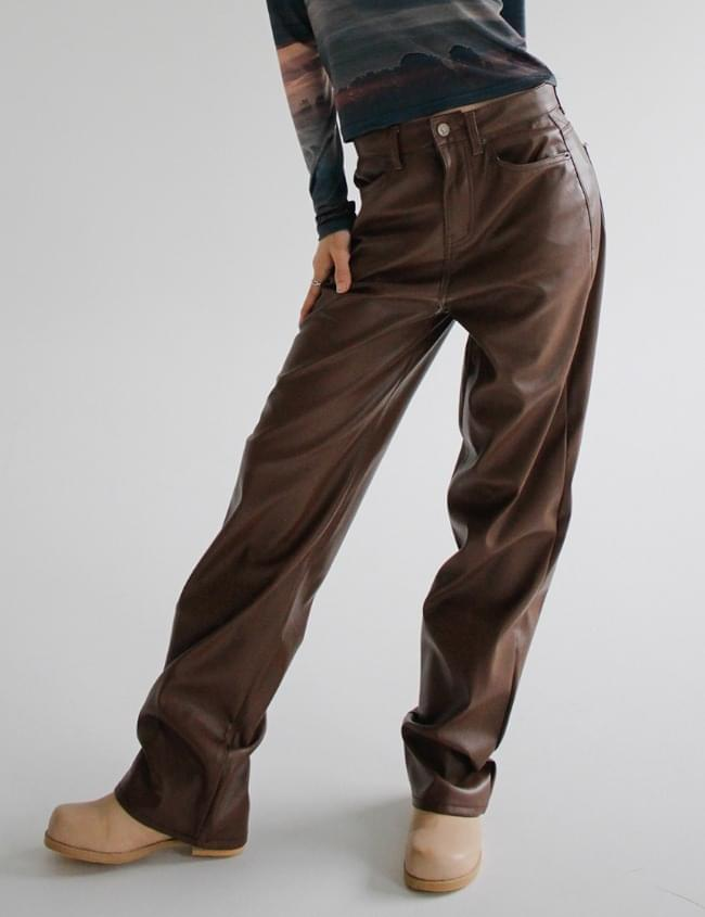 no.5135 Leather Straight Pants