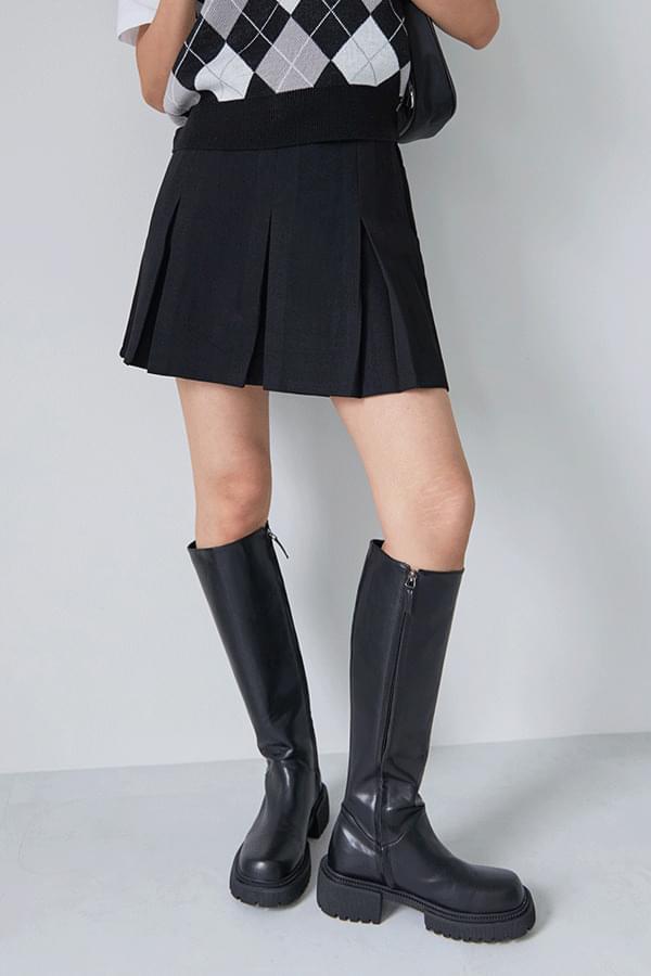 Lars Mini Skirt Pants