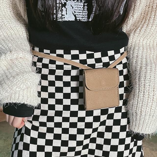 Suede cross and belt mini bag 配饰