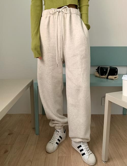 Cozy Fleece-lined Banding Jogger Pants