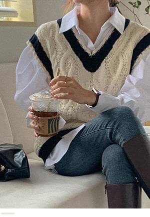 Color V- V-Neck Twisted Knitwear Vest