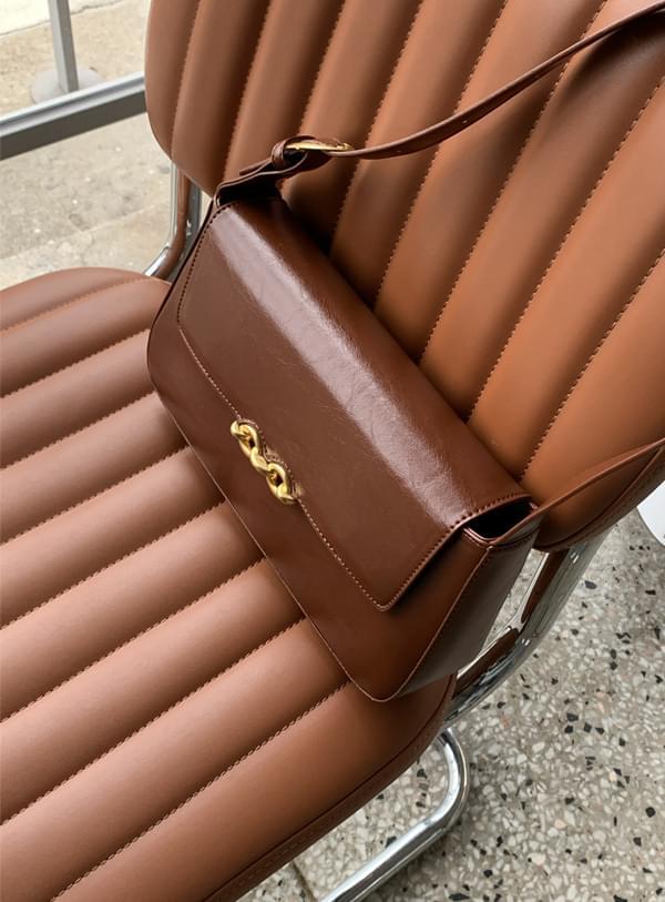 vintage chain bag