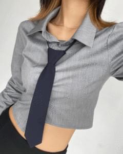 unbalance slim cropped long sleeve shirt