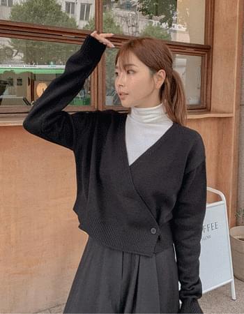 Wrap Type Crop V-Neck Knitwear Cardigan