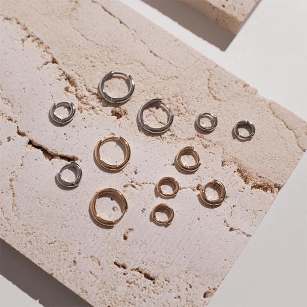 Domestic simple one-touch mini ring earrings 2color
