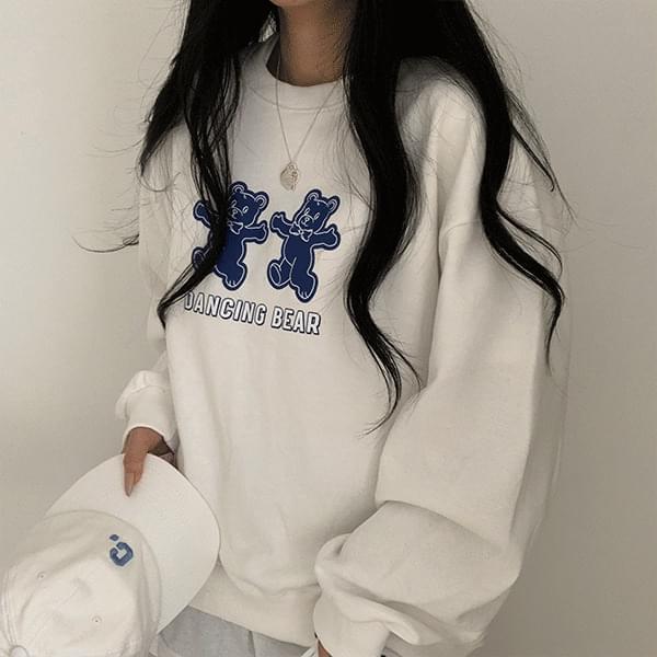 Dancing Bear Loose-fit Sweatshirt