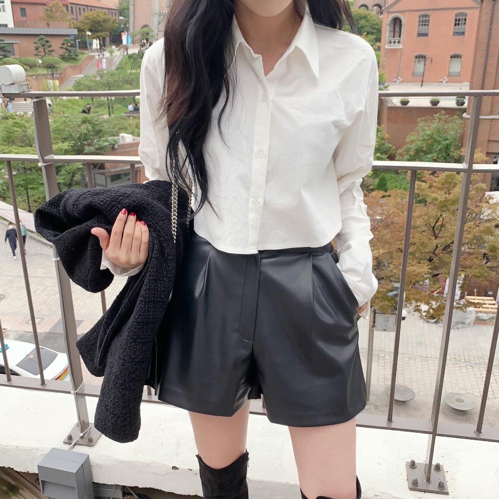 Ms. cropped shirt