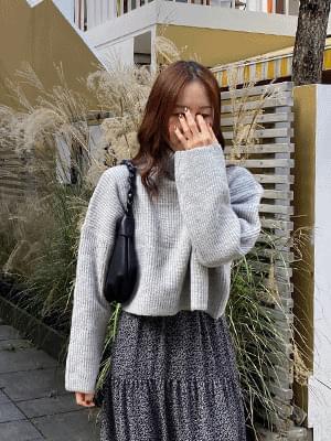 Monu Turtleneck Knitwear