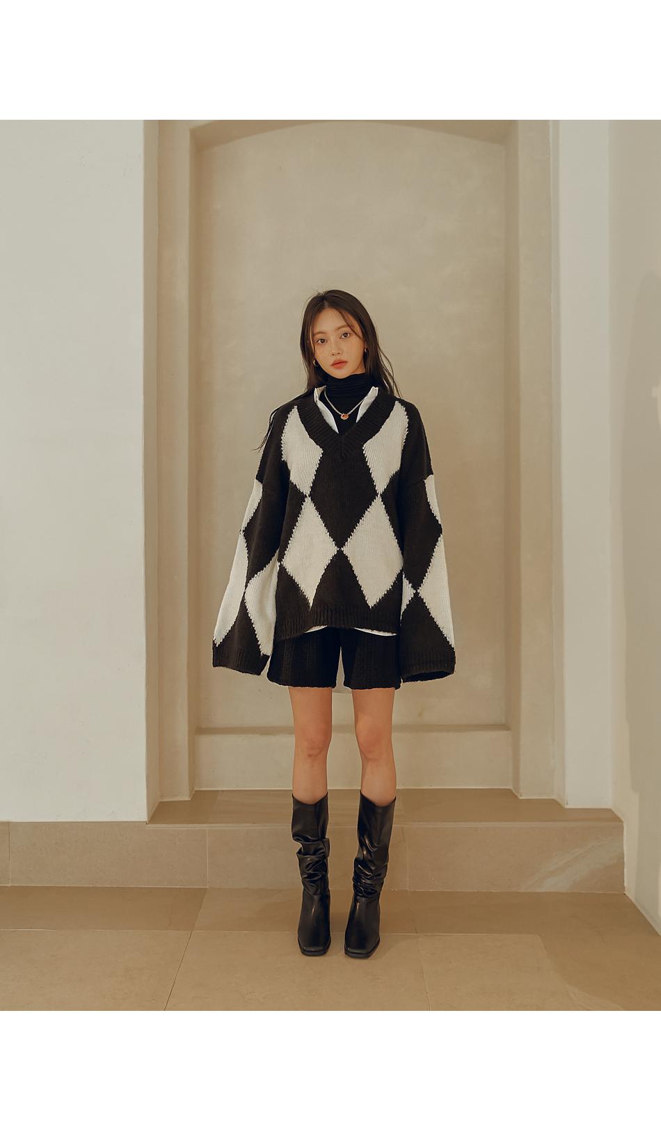 Twist Pattern Knit Shorts