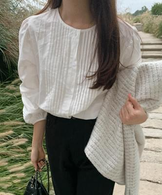 Hunt pintucked blouse