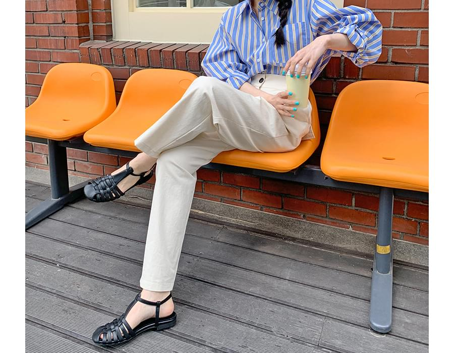 Hampton Leather Flat Sandals
