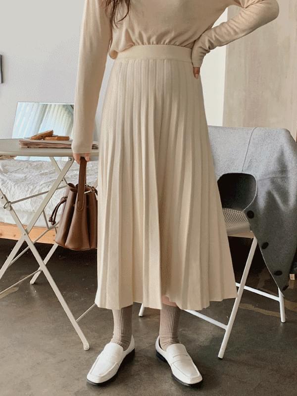 Enzo Pleated Knitwear Skirt