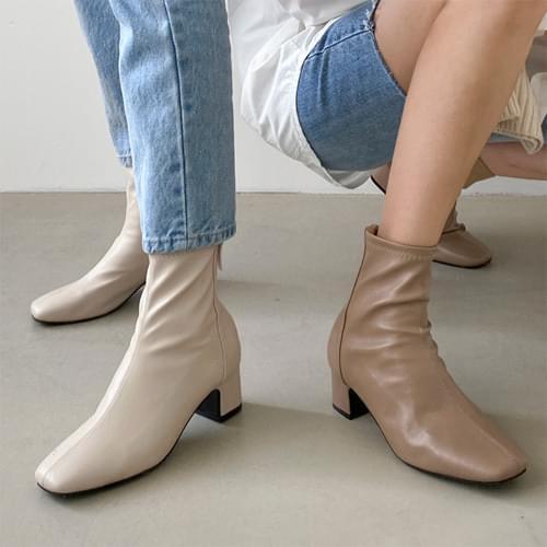 Clozen Spandex Ankle Boots