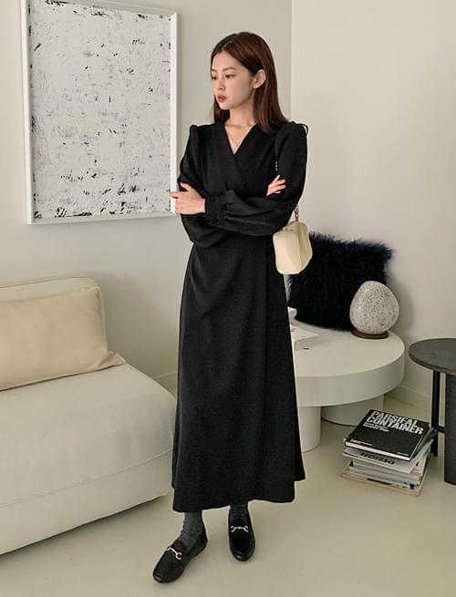 Vijo button puff wrap long Dress