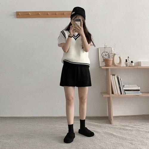 Poly Color Knitwear Vest