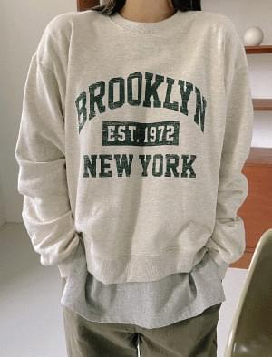 True Vintage Printing Loose-fit Sweatshirt