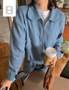 Cozy Crop Knitwear Zip-Up Jacket