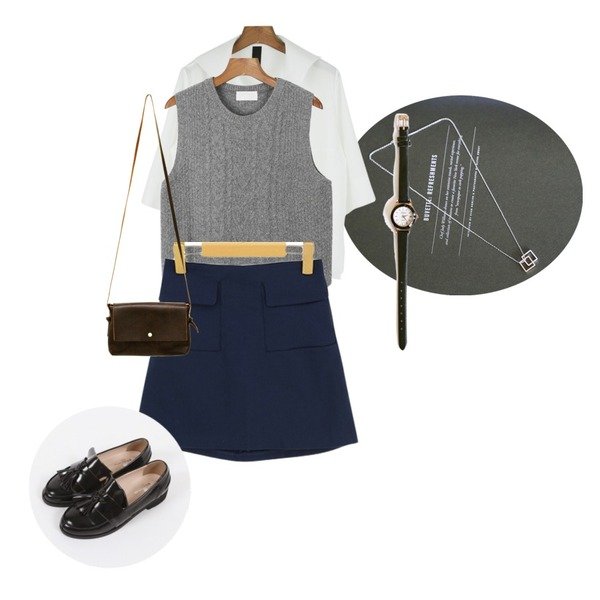 daily monday Marine collar v-neck blouse,Rough & Detail two square, necklace,daily monday Lamswool knit vest[니트조끼,니트베스트,램스울,니트,조끼]등을 매치한 코디