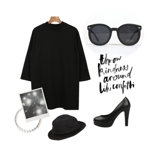 YOU & ME 0062 arrow  sunglass,MISS PRESIDENT 홀리데이 (2color)[Shoes][베이직 데일리 가보시 펌프스힐],daily monday Cotton high neck one-piece등을 매치한 코디