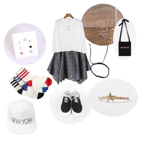 daily monday My star necklace,daily monday Against round tee,Rough & Detail chaplain unbalance check, sk등을 매치한 코디