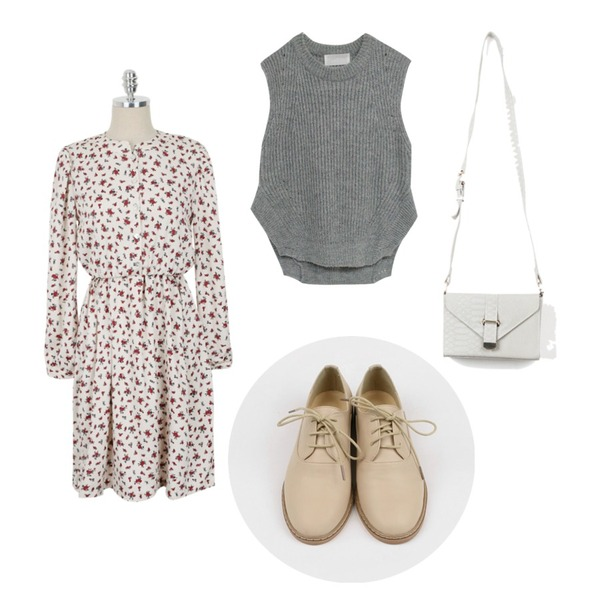 Rough & Detail side open hajji, vest,daily monday Flower shirring one-piece,daily monday Fresh basic loafer등을 매치한 코디