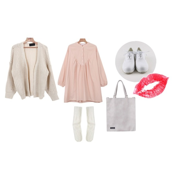 lips,daily monday White coloration loafer,daily monday China henryneck one-piece등을 매치한 코디