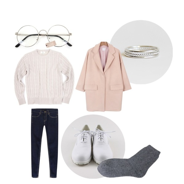 daily monday White coloration loafer,Zemma World 둥글게 (glasses) ,daily monday New goody denim skinny등을 매치한 코디