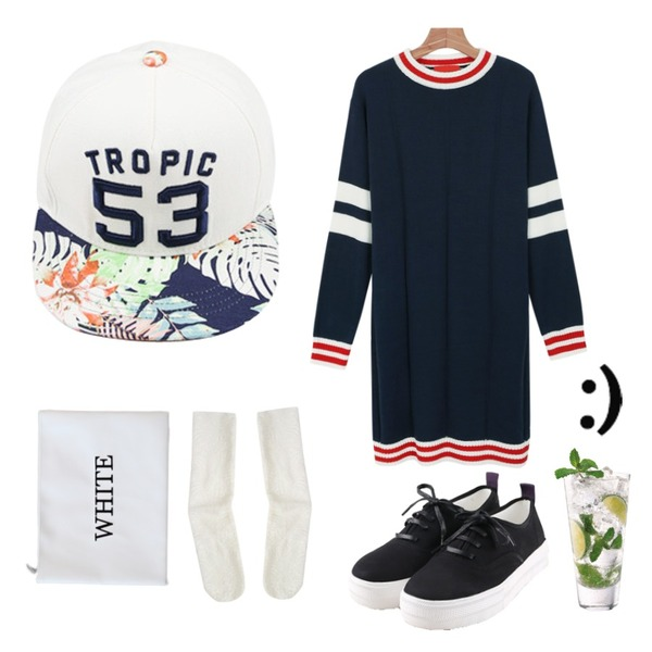 daily monday Comfortable basic sneakers,daily monday Preppie knit long one-piece,Rough & Detail lace loose, socks_ivory등을 매치한 코디