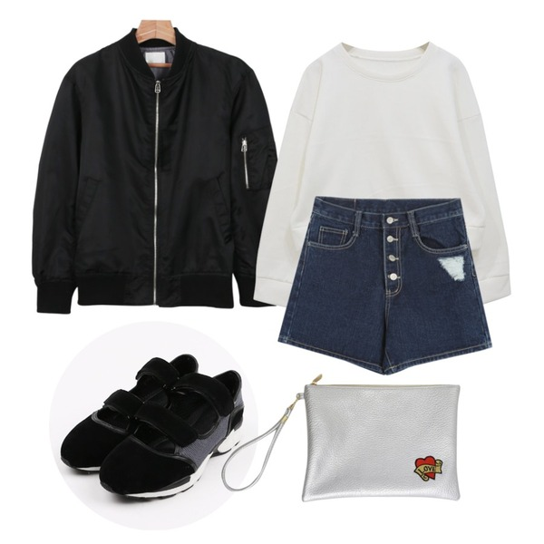 Rough & Detail front button high shorts, pt ,Rough & Detail crop basic napping mtm, t,daily monday Colors glossy flight jumper등을 매치한 코디