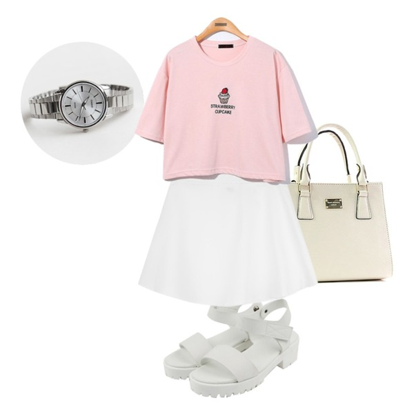 biznshoe Mini tote bag (10color),daily monday Casio silver frame watch,daily monday Chic simple sandals등을 매치한 코디