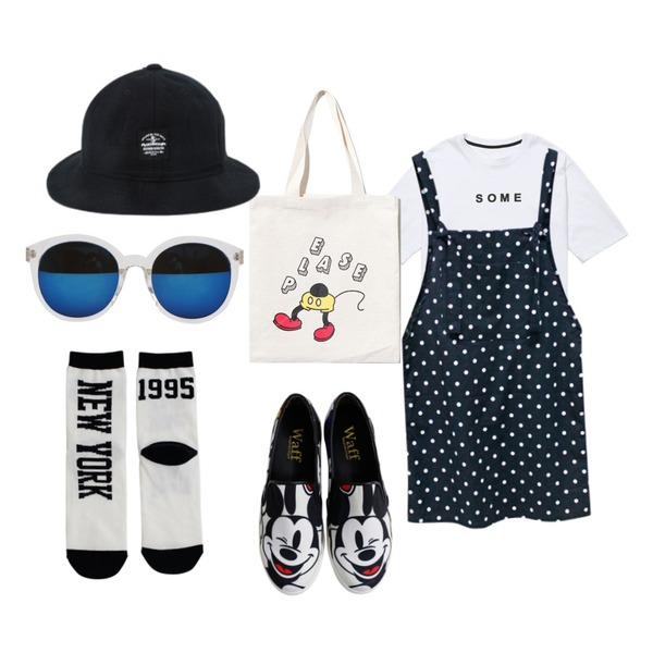 Rough & Detail large mouse slip-on, shoes_ivory,Rough & Detail dot overall, ops_navy,Reine Some Time Eternity Tee등을 매치한 코디