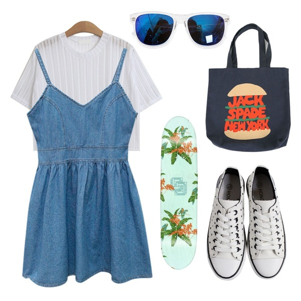 Rough & Detail lucky star, shoes_white,TODAY ME [tee]이유 티,Rough & Detail duck, ops_light-blue등을 매치한 코디
