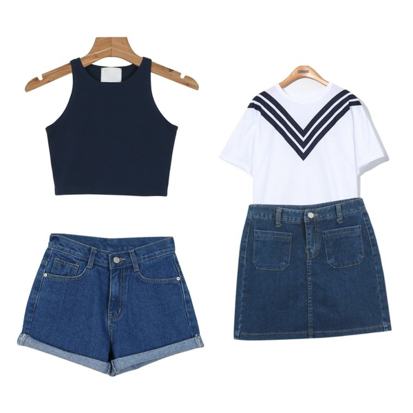 Reine Pops Sailor 1/2 Tee,daily monday Simple denim short pants,daily monday Tight crop sleeveless등을 매치한 코디