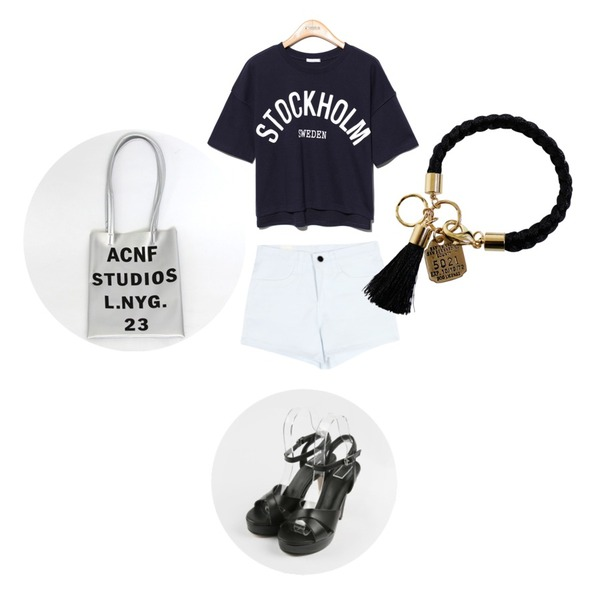 daily monday X-strap simple heel,Reine Stockholm Unique Tee,common unique [BOTTOM] KEITIN SHORTS등을 매치한 코디