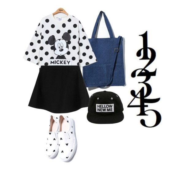 Reine Shadow Mikey Slip-On,Reine Allways Mickey Dot Tee,Reine Two-Pocket Denim Eco Bag등을 매치한 코디