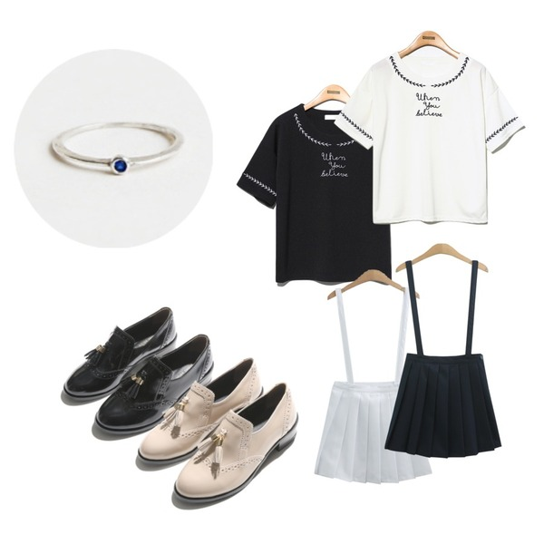 TODAY ME [skirt]멜빵 테니스 스커트,Reine When You Beliere Blouse,Reine When You Beliere Blouse등을 매치한 코디