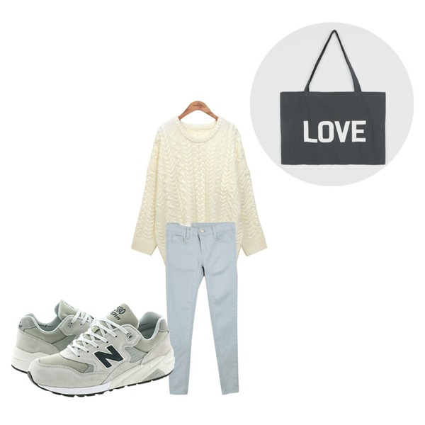 common unique [BOTTOM] 9-ALRIGHT SKINNY,common unique [TOP] ROPE LOOSE KNIT,daily monday Big love bag등을 매치한 코디