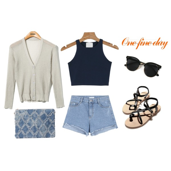 Reine Malibu Beach Cardigan,Reine Country Strap Sandal,Zemma World Vacation (썬글)등을 매치한 코디