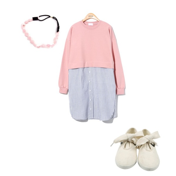 Zemma World LACE FLOWER (hair),daily monday Shoelace point sneakers,Reine Special Sweatshirts Onepiece등을 매치한 코디