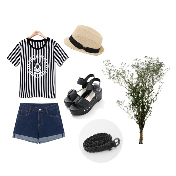 Reine Party Animal Tee,MIXXMIX 844 롤업 데님 숏츠,Reine Higher Look Buckle Sandal등을 매치한 코디