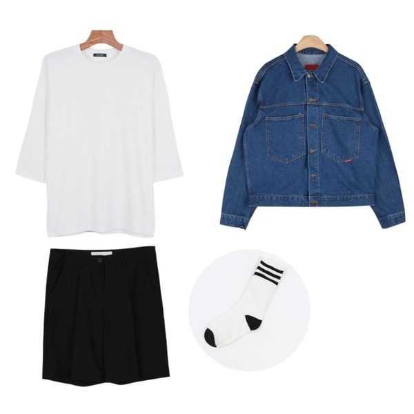 daily monday 3-stripe high socks,AIN vintage outfit denim jacket (2 colors),daily monday Daily color 7-tee등을 매치한 코디