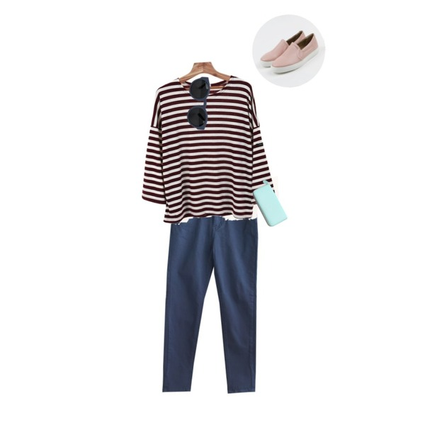 daily monday Banding color slip-on,Zemma World 벤쿠버 (stripe t),common unique  CASUAL BAGGY PANTS등을 매치한 코디