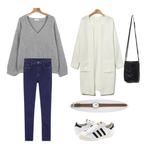 MIXXMIX 782 데님 팬츠,daily monday V-neck Loose fit knit,Reine Monopolice Loose Fit Long Cardigan 등을 매치한 코디