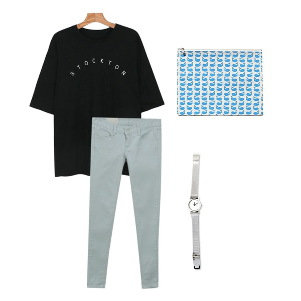 common unique [ACC] REMAIN WATCH,daily monday Loose fit cozy lettering tee,common unique [BOTTOM] SLEEPY SKINNY SALE등을 매치한 코디