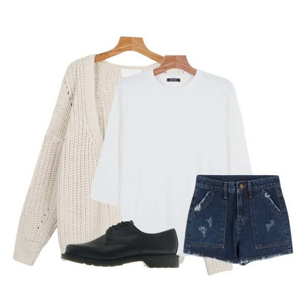 MIXXMIX 839 심플 숏츠,daily monday Daily color 7-tee,daily monday Non-button loose knit cardigan등을 매치한 코디