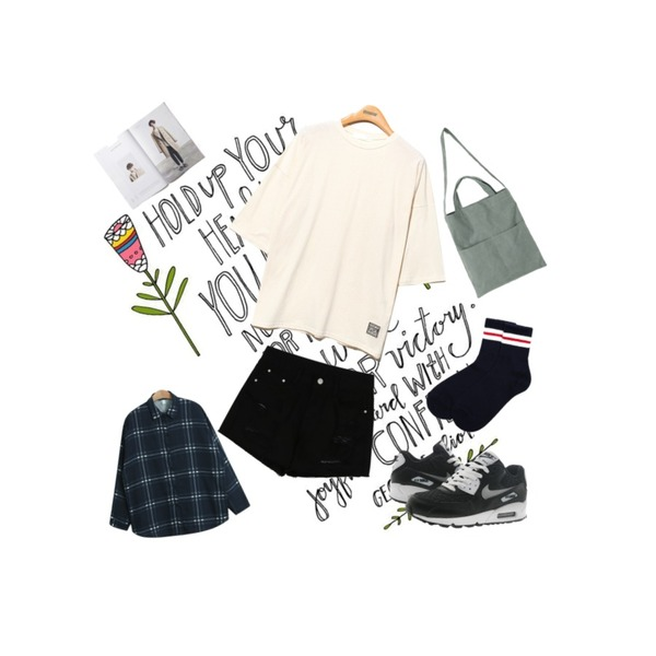 writing,daily monday Damage cotton short pants,Reine Special Number Cotton Tee등을 매치한 코디