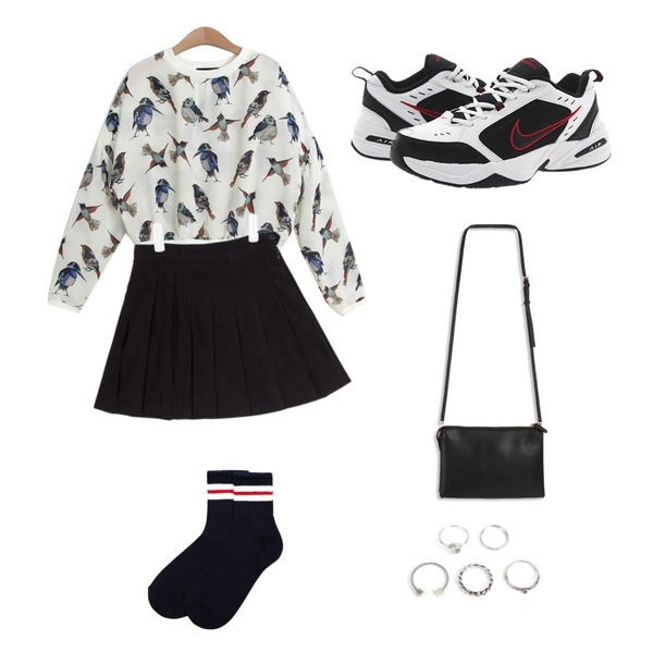 AIN suede tennis skirt (3 colors),Reine Sporty Coloring Socks,TODAY ME [mtm]벌드 맨투맨등을 매치한 코디