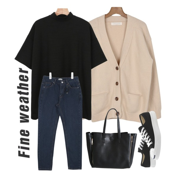 daily monday Volume practical cardigan,daily monday Half-neck boxy t-shirt,AIN cozy fit washing denim pants (3 colors)등을 매치한 코디