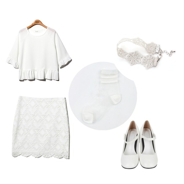 AIN mary janes dancing shoes (2 colors),Reine Frill Princess Olivia Blouse,Reine Blum Lace H-line Skirt등을 매치한 코디