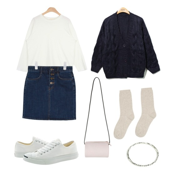 Reine Provance Twist Knit Cardigan,AIN standard cutting T (5 colors),AIN high-waist H denim skirt등을 매치한 코디